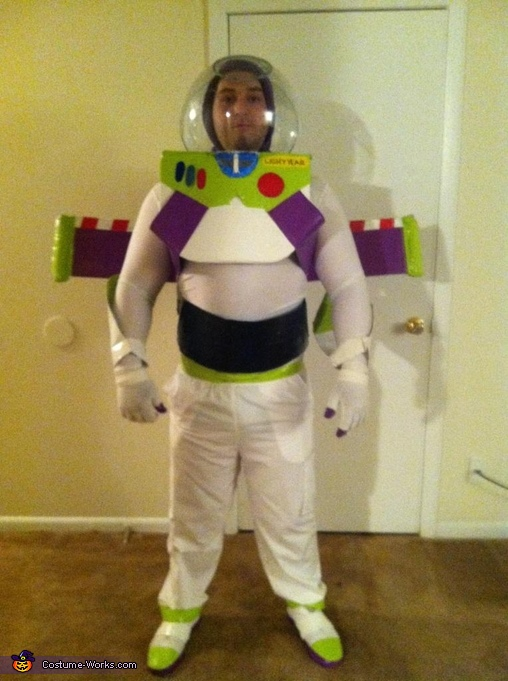 Front Shield, Buzz Lightyear Costume