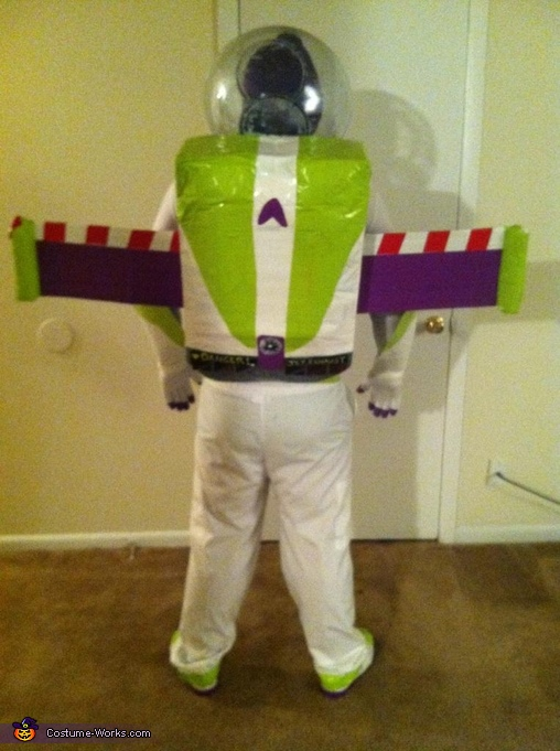 Back, Buzz Lightyear Costume