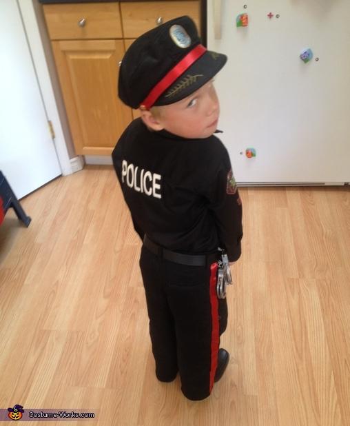 Police 2, Calgary Police Service Costume
