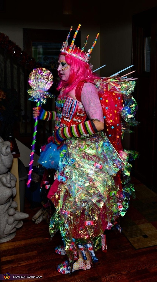 Kandy queen lights off, Candy Queen Costume