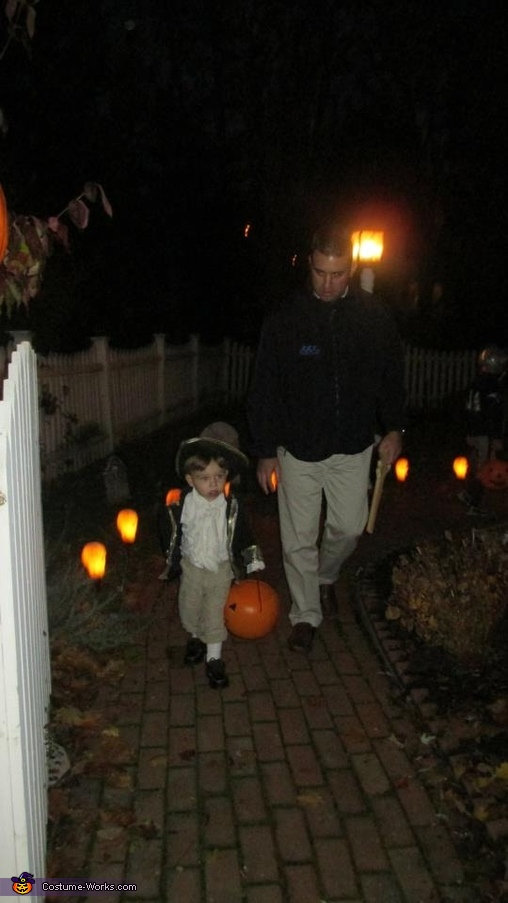 Trick or treating with my daddy!, Captain Cutie Costume