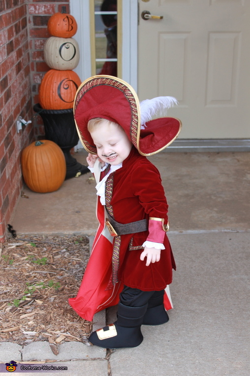 AAARRRRGGHHH!!!, Captain Hook Baby Costume