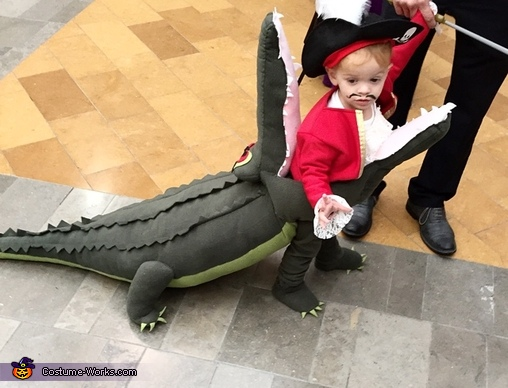 Captain Hook getting Eaten by Tick Tock Croc Homemade Costume