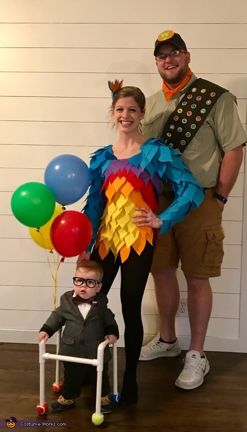 Carl Fredricksen, Kevin and Russell Costume