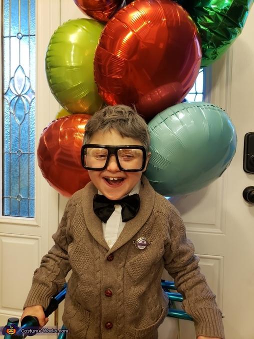 Happy for halloween, Carl Fredrickson Costume