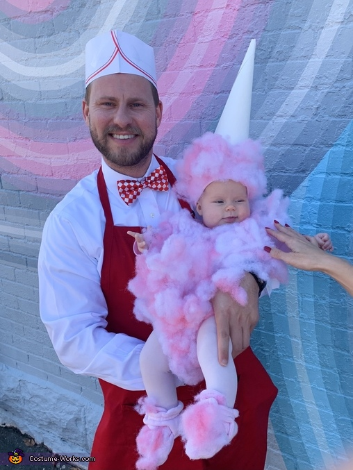 Vendor Dad and cotton candy daughter, Carnival Snacks Costume