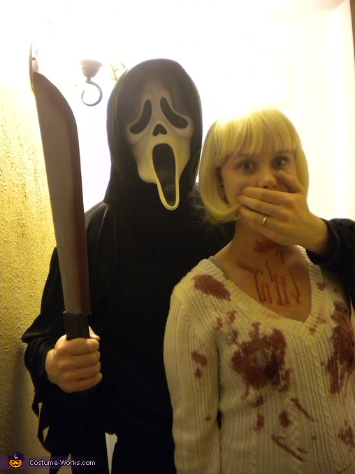 Casey Becker & Ghostface Couple's Costume