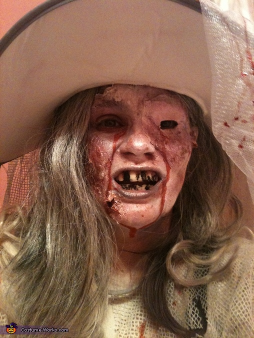 close up shot of me getting prepared, Casino Zombies Costume