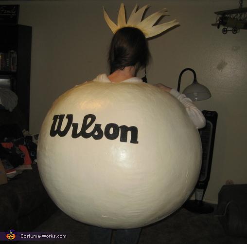 WILSON!, Castaway's Wilson Costume
