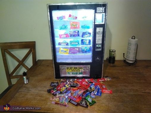 Clean out lights on, Cece's Vending Machine Costume