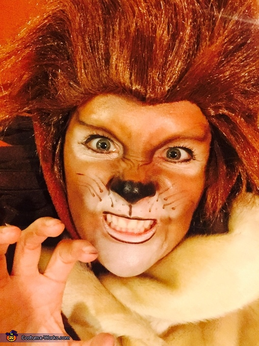Cecil the Lion Costume