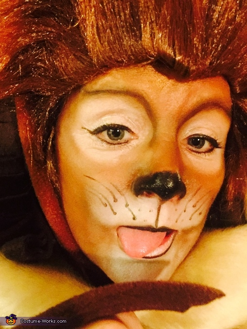 'Prrrrrrrrrrr', Cecil the Lion Costume