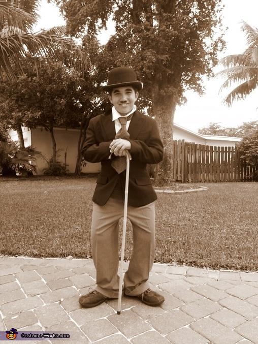 Charlie Chaplin Jr., Charlie Chaplin Costume