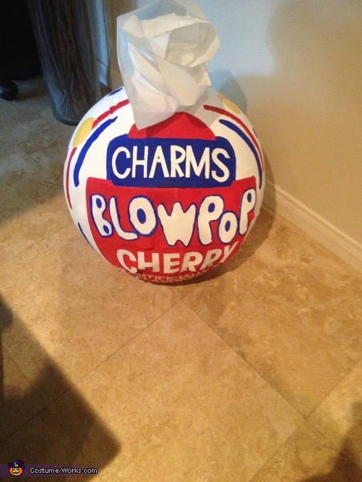 top view of the Blow Pop, Charms Blow Pops Costume