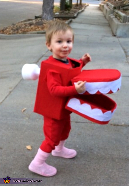Chattering Teeth Costume
