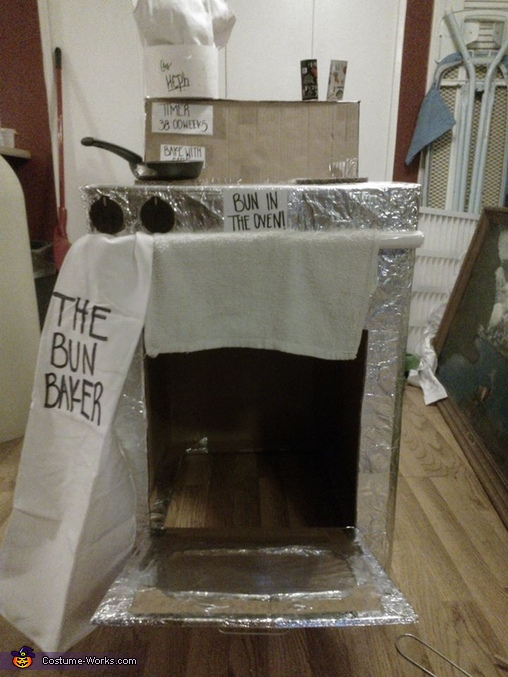 Oven with open door, Chef and Bun in the Oven Costume