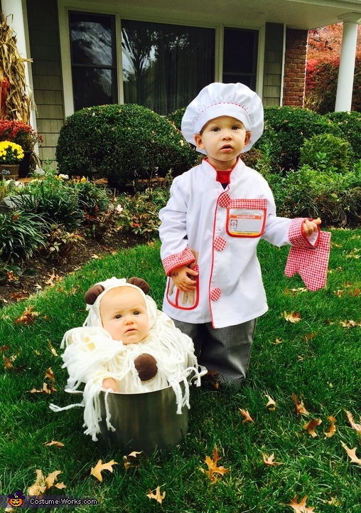 Chef with his Spaghetti & Meatballs Costume