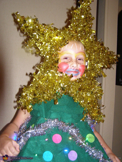 its good to be a tree, Christmas Tree Costume