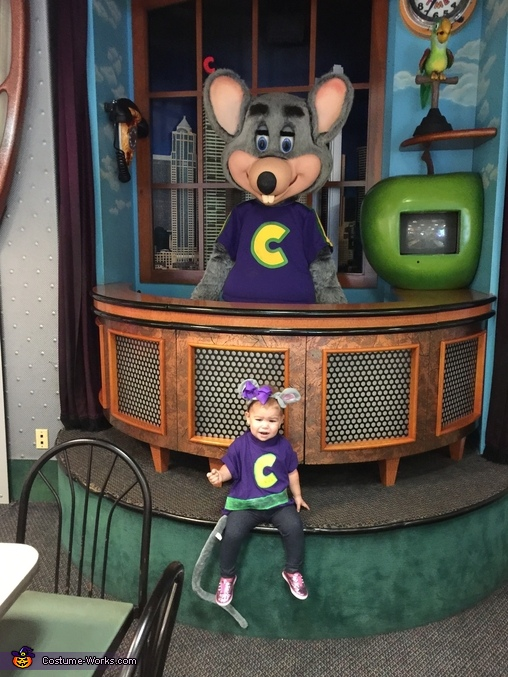 Her idol!, Chuck E. Cheese Costume