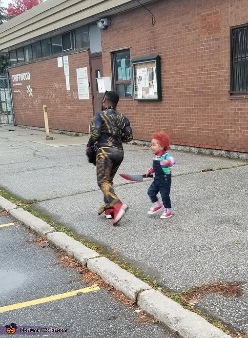 Chucky chasing Killmonger, Chucky Costume DIY
