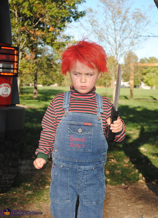 Chucky pose 2, Homemade Chucky Costume