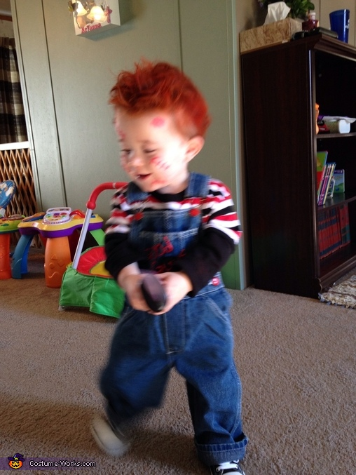 Chucky acting the part , Baby Chucky Costume