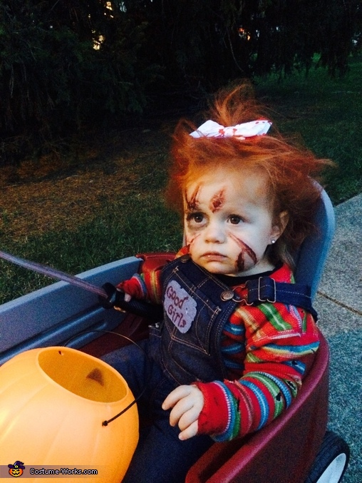 What you look'n at?, Chucky with a Bow Costume