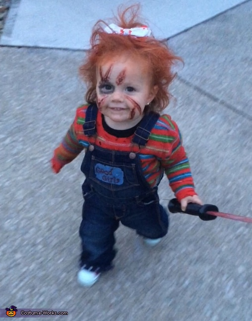 Hi!, Chucky with a Bow Costume