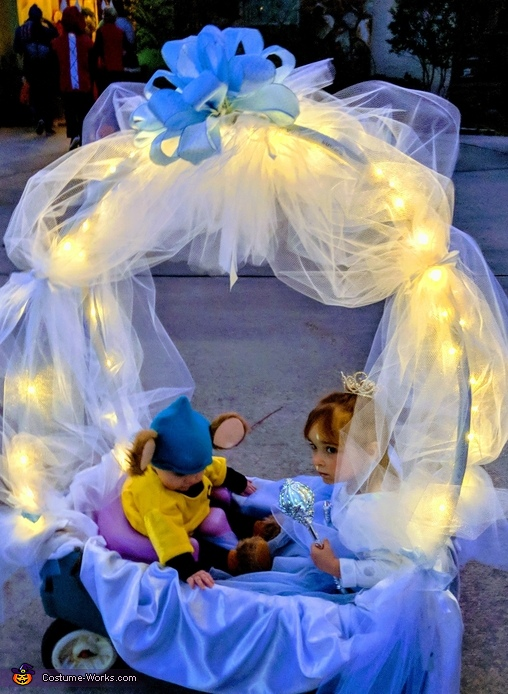 Cinderella & Gus, Cinderella & Gus's Royal Ride Costume