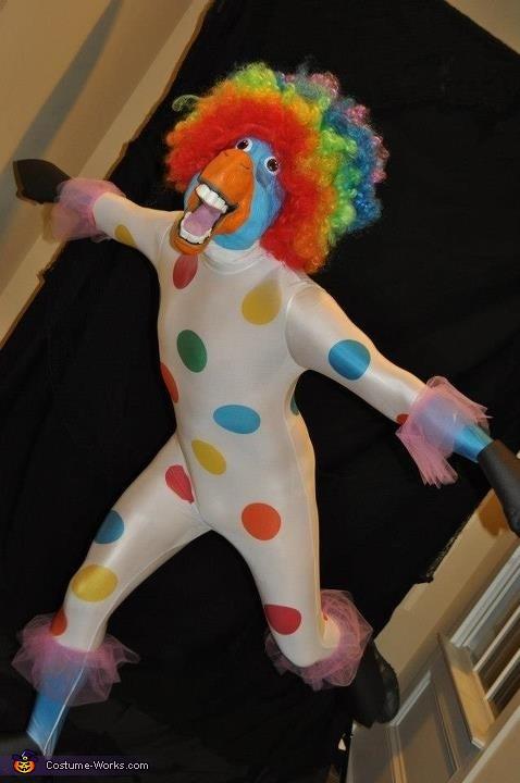 Da da da da da da da da circus! Da da da da da da da da afro!, Circus Afro Costume