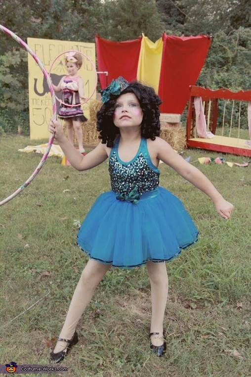 Circus Performer Costume  sc 1 st  Costume Works & Circus Performer Girlu0027s Halloween Costume