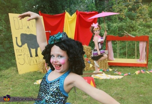 Circus Performer Halloween Costume