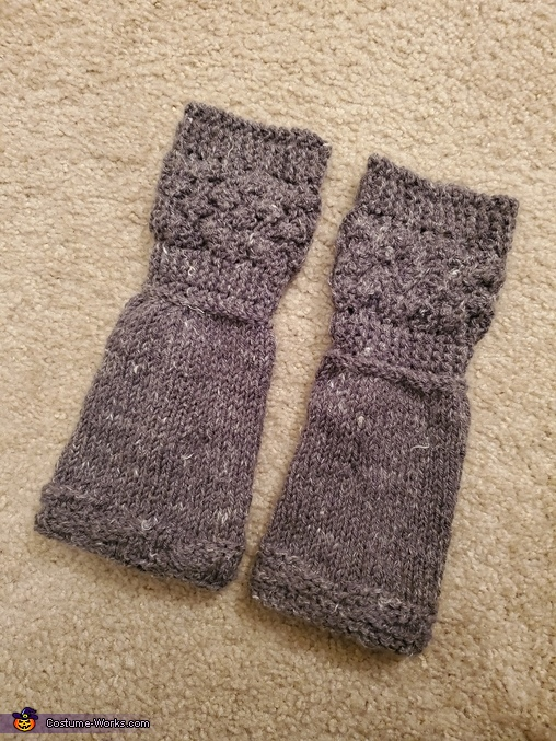 Second pair of knitted arm warmers, Claire, Highland Healer Costume