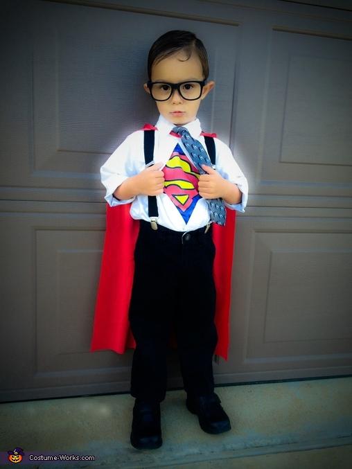 Clark Kent, Clark Kent Costume