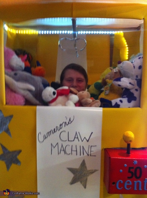 This is me I'm the claw machine. , Claw Machine Costume