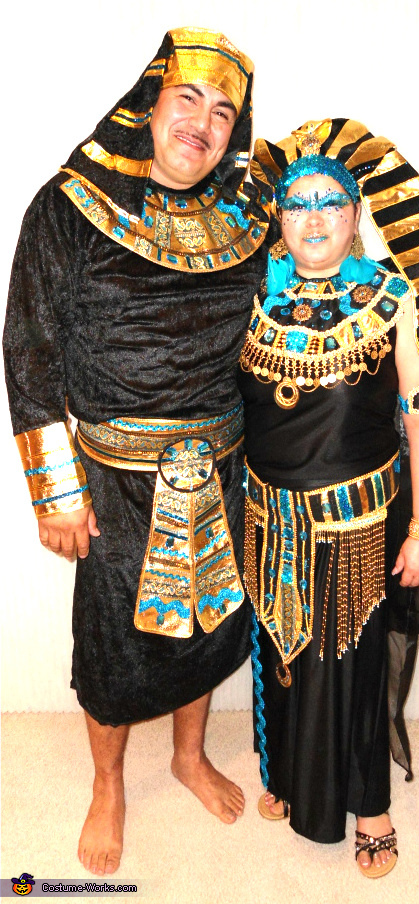 Cleopatra and Pharaoh - Homemade costumes for couples