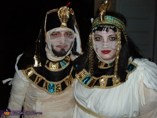 Close up, Cleopatra & King Tut Mummy Costume