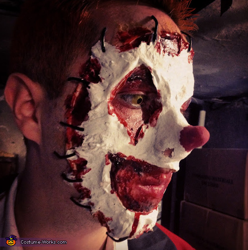 Close up of clown with tear away face, Clown Couple Costume