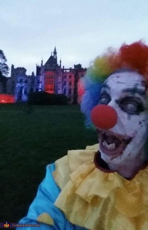 clown selfie, Clown Craigy Costume