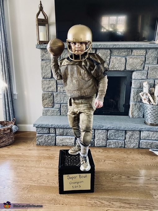 Football trophy (middle son Bryan), Collection of Trophies Costume