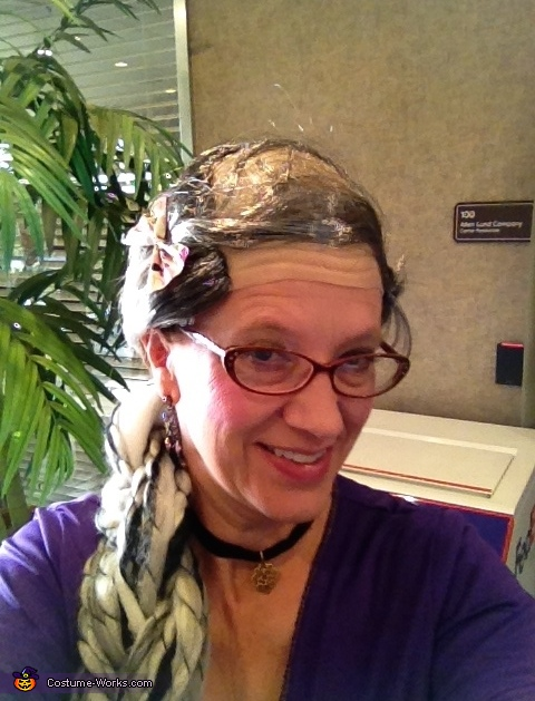 RAPUNZEL HAIR SELFIE, Comb Over Rapunzel Costume