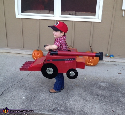 Side view , Combine Tractor Costume