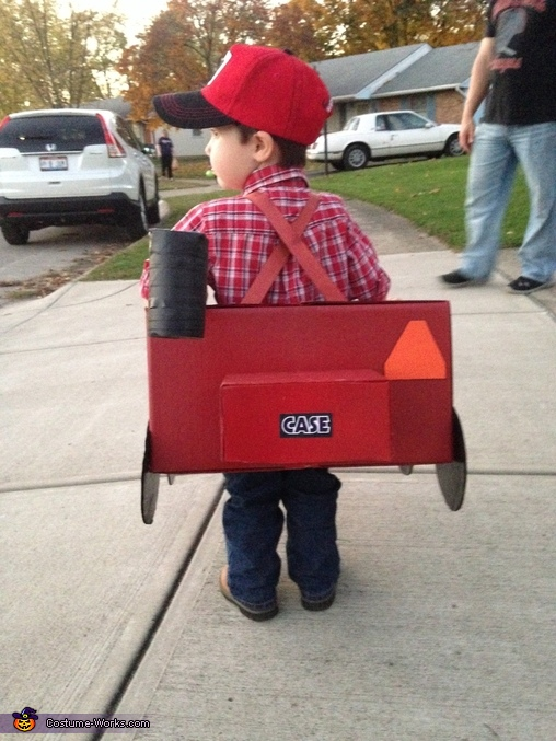 Watch the back end!, Combine Tractor Costume