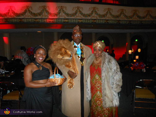 Coming to America Family Costumes