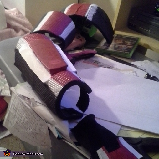 Hand painting the signature stripe with acrylics, Mass Effect Commander Shepard Costume