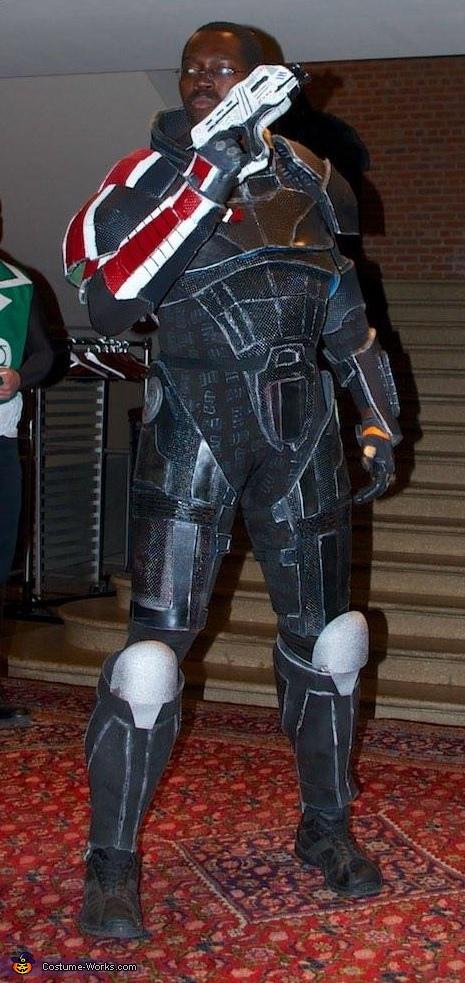 Mass Effect Commander Shepard Costume Creative Diy Costumes