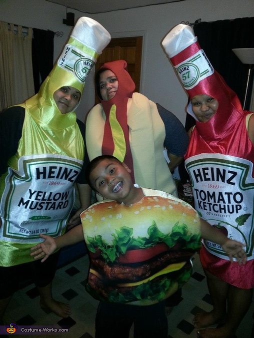 Yum!, Concession Stand Family Costume