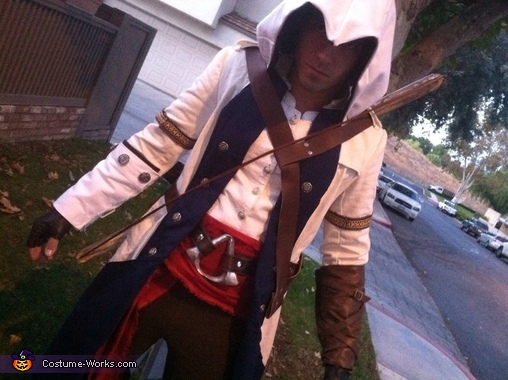 Close up and a grimace. Grrr.., Connor Kenway Assassin's Creed III Costume