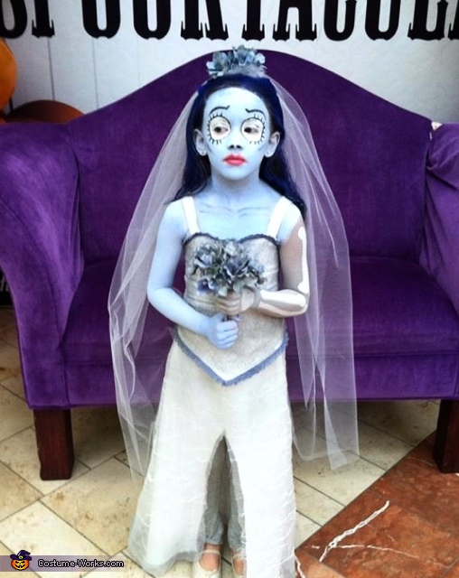 Eyes open Corpse Bride, Corpse Bride Costume