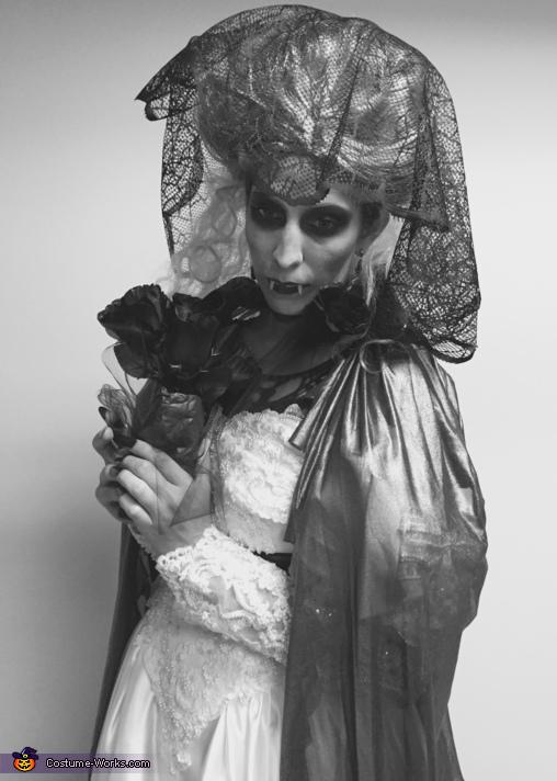 Bridal photo, Countess Bride Costume